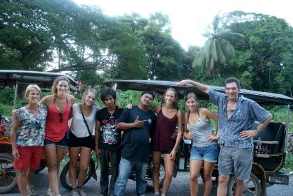 private-tuktuk-driver-tour-guide-battambang